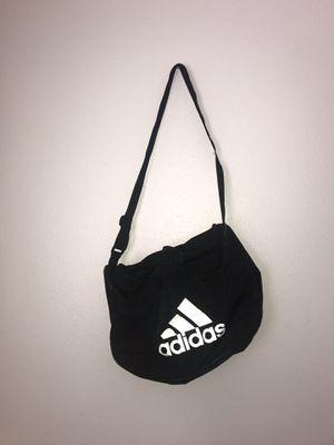 Adidas Duffle Bag for Sale in Mesa Grande, AZ