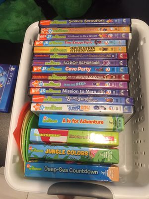 Large Collection of Backyardigans DVDS and books for Children for Sale in Columbia, IL