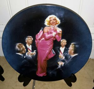 4 Marilyn Monroe plates for Sale in El Monte, CA