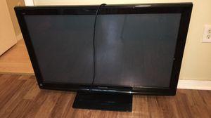 42 inch plasma Panasonic TV for Sale in Lowell, MA