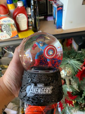 Brand new captain America marvel avengers water globe for Sale in Concord, CA