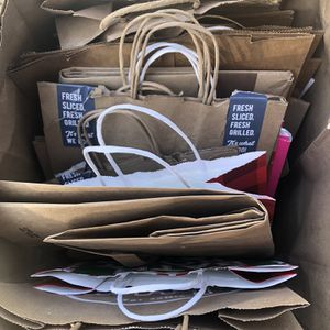 Free Paper bags All Sizes for Sale in Rowland Heights, CA