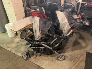 Baby trend dual stroller for Sale in Lackawanna, NY