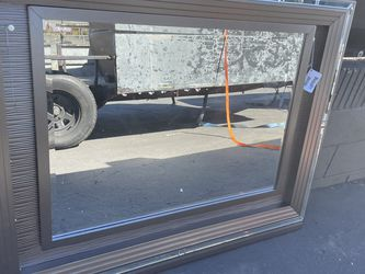 Mirror for Dresser for Sale in Long Beach,  CA