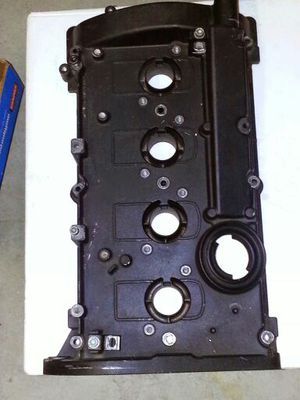 Audi A4 B6 valve cover and other b6 Audi parts for Sale in San Diego, CA