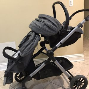 Evenflo Pivot Xpand Double Stroller for Sale in Simi Valley, CA