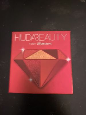Huda Beauty Ruby Obsessions Eye Palette for Sale in Fort Smith, AR