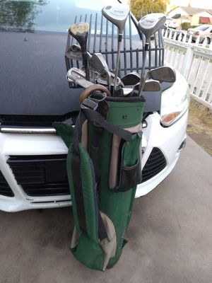 Free golf sticks and bag for Sale in Phoenix, AZ