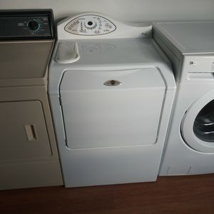 Maytag Neptune Front Load Washer for Sale in Vancouver, WA