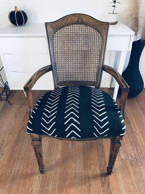 Beautiful Custom Vintage Rattan Arm Chair / Desk Chair / Dining for Sale in San Diego, CA