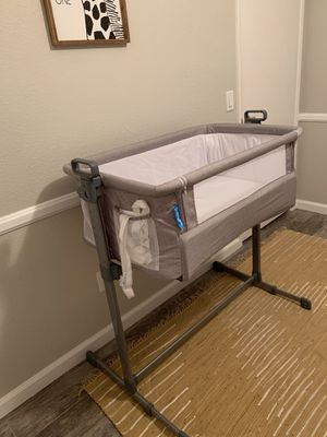 Practically brand new bassinet for Sale in San Diego, CA