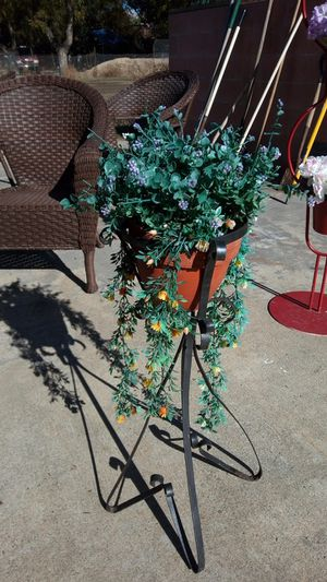 Small plant holder for Sale in Lakeside, CA