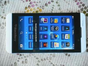 Blackberry Z10 Verizon/T-Mobile/Cricket/AT&T/Metropcs Phone New Without Box Clear ESN for Sale in Glendale, AZ