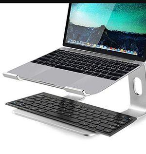 Soundance Aluminum mac laptop stand color ( Pink ) for Sale in Las Vegas, NV