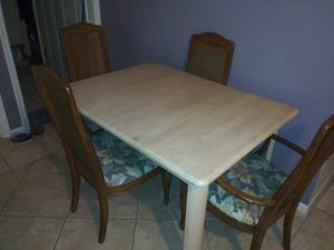 Kitchen table and chairs for Sale in Port Charlotte, FL