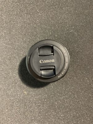 New 50mm Canon lens. With box for Sale in San Antonio, TX