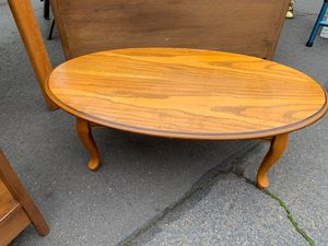 Coffee table for Sale in Ashland, OR