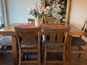 Dining Table Set (6 Chairs) for Sale in Seattle,  WA