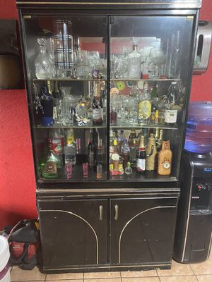 Free buffet with hutch for Sale in Denver, CO