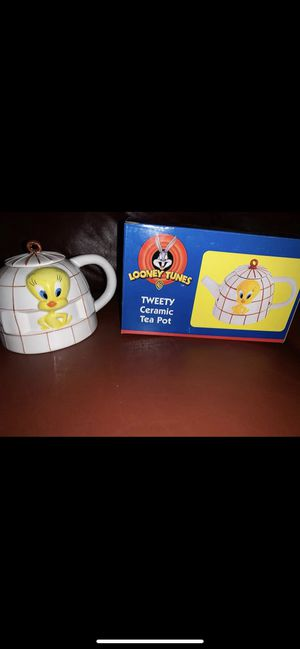 Looney Tunes Tweety Bird for Sale in Bullhead City, AZ