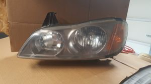 Infiniti i35 headlight for Sale in Troutdale, OR