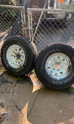 2 six lug trailer wheels with fair tires size 235/75/15 for Sale in BRECKNRDG HLS, MO
