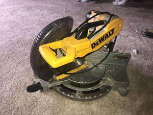 Dewalt power tool ( table saw) for Sale in Annandale, VA