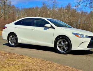 Clean 2015 Toyota Camry for Sale in Heidelberg, PA