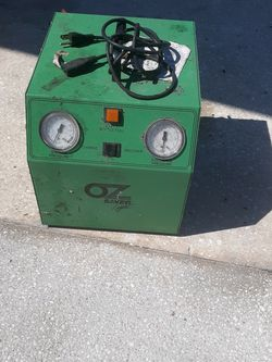 Freon recovery w/manual for Sale in New Port Richey,  FL