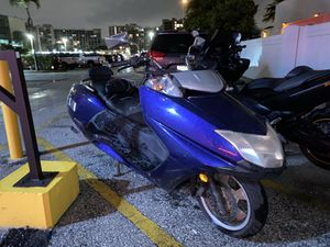 YAMAHA 250 🚀 MORPHOUS 14k miles for Sale in Hollywood, FL
