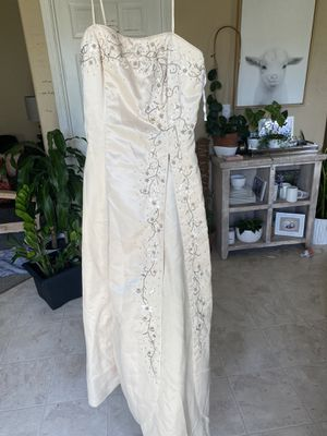 Formal dress. Prom or wedding,l for Sale in Vancouver, WA