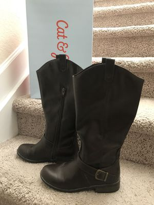Girl brown boots sz 4. (Cat & Jack) for Sale in Stuart, FL