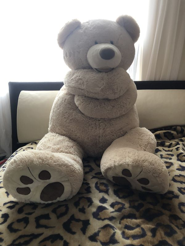 Giant large teddy bear 4 1/2 ft tall