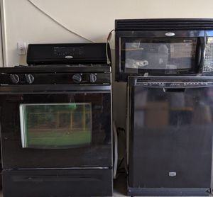 Kitchen appliances set for Sale in Corona, CA