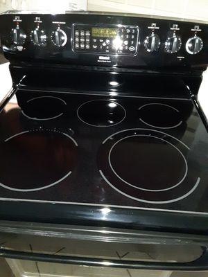 Estufa 5 quemadores conventional muy Buenas condiciones for Sale in Phoenix, AZ
