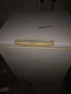 Kennore deep freezer for Sale in Columbus, OH