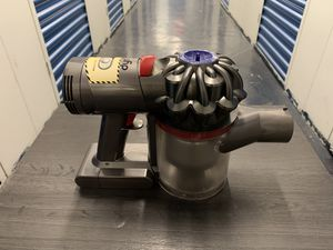 Dyson V7 for Sale in New York, NY