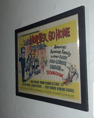 1966 THE MUNSTERS HALF SHEET MOVIE POSTER FRAMED for Sale in Miami, FL