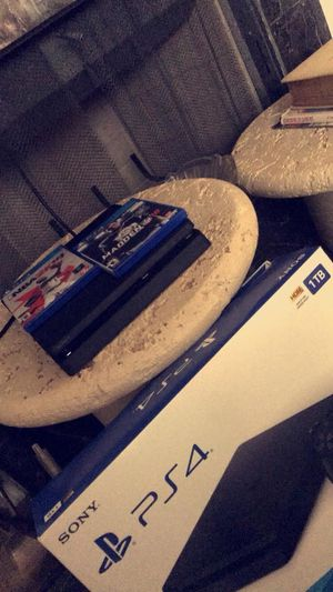 PS4 for Sale in Morganfield, KY