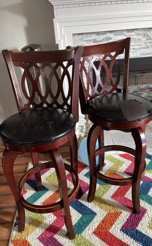 Free Swivel Chair Barstool. Works great just needs reupholstery for Sale in Los Gatos, CA