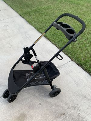 Graco SnugRider 3 Elite car seat carrier for Sale in Bradenton, FL
