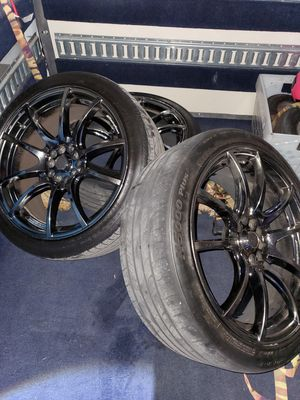 "4 x Used 18"" Black Chrome Rims and Tires for Sale in Fort Lauderdale, FL"