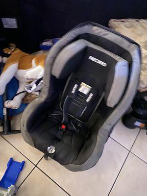 Recaro toddler car seat for Sale in Rialto, CA