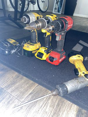 Used drill with charger for Sale in San Antonio, TX