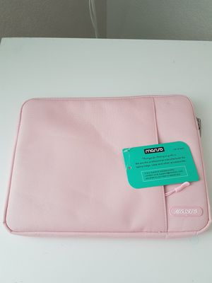 New Pink Laptop, Netbook, Tablet case. for Sale in Colorado Springs, CO