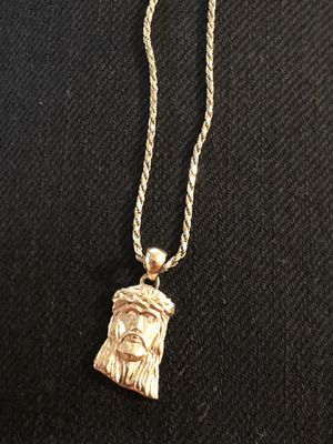 14k solid gold chain and pendent. for Sale in Wichita, KS