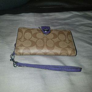 Coach Cell Phone Wristlet for Sale in Allen Park, MI