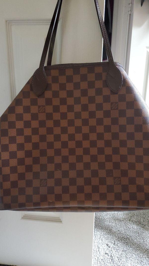 Authetic Louis Vuitton Neverfull GM bag