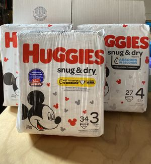 Huggies snug & dry size 3 and 4 for Sale in Burbank, CA