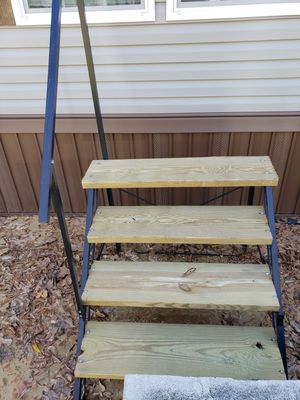 Wooden stairs for Sale in Monroe, LA